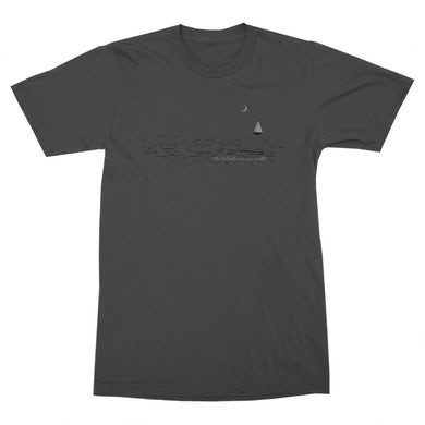 The Tallest Man on Earth | Sailboat T-Shirt
