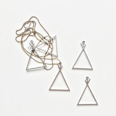 Necklace (Ornament)