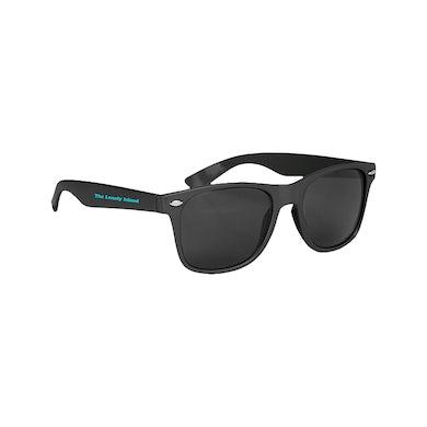 Turtleneck & Chain Sunglasses
