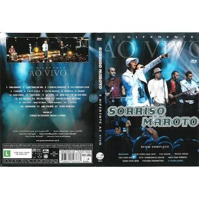 E DIFERENTE AO VIVO DVD