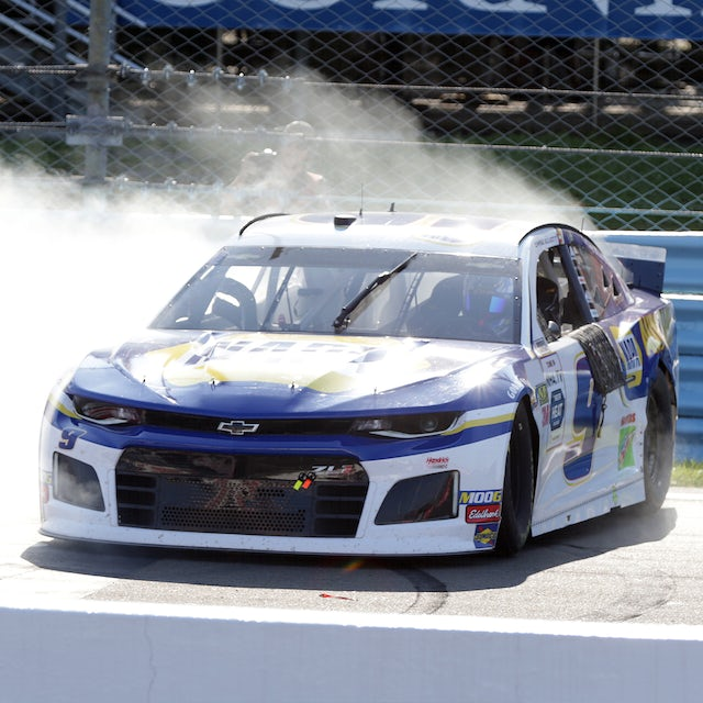 Hendrick Motorsports Chase Elliott GoBowling at the Glen Win 1:24 ELITE Die-Cast