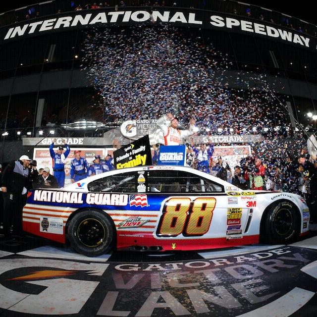 Hendrick Motorsports Dale Jr. 2014 Daytona 500 Winner 1:24 Diecast