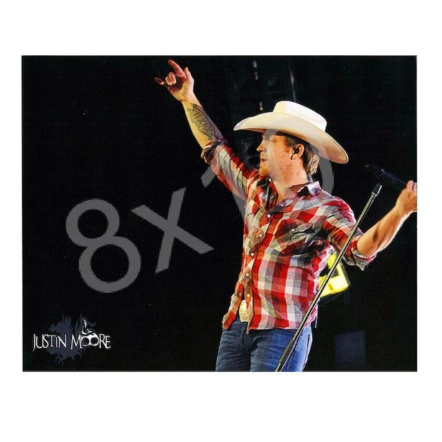 Justin Moore 8x10- In Concert