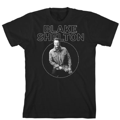 Blake Shelton Seated Circle Unisex T-Shirt