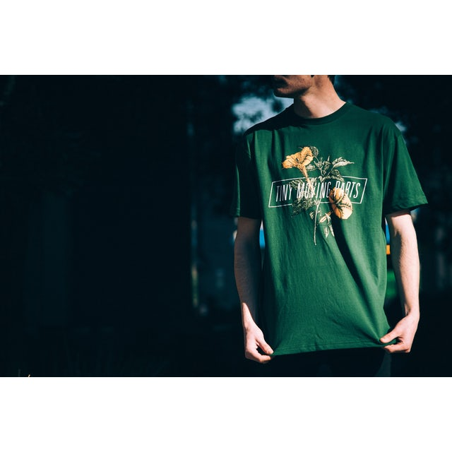 TINY MOVING PARTS Floral Tee (Green)