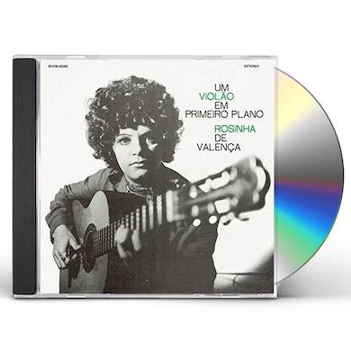 UM VIOLAO EM PRIMEIRO PLANO CD
